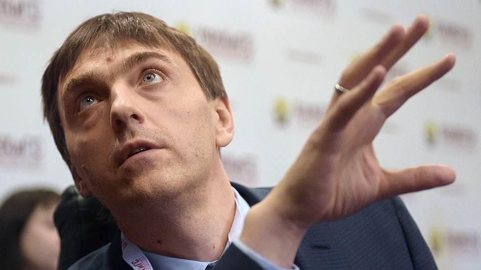 Глава Рособрнадзора Сергей Кравцов