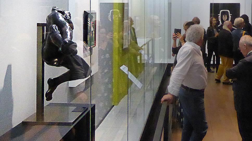 В узком пространстве музейных залов современники Дины Верни встретились с ней и ее коллекцией