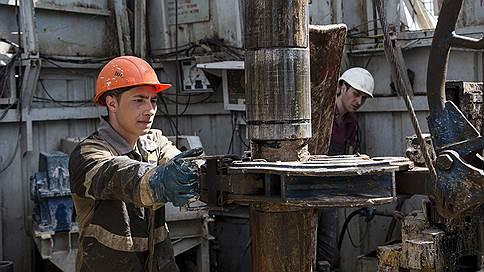 Нефть поправила выпуск в сентябре // Мониторинг промышленности
