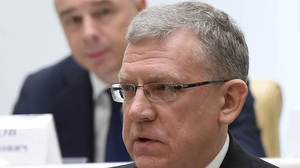 Критика проекта бюджета Счетной палатой под руководством Алексея Кудрина убедительнее в стратегической части, чем в макроэкономической