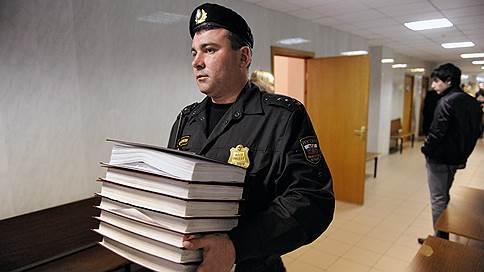 Полный пакет жалоб // Взыскателей обяжут предоставлять документы приставам