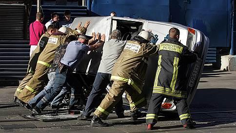 Автоюристы продолжают засуживать страховщиков Осаго // Мониторинг рынков
