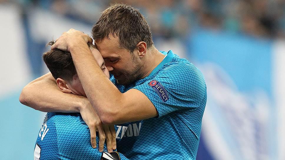 Артем Дзюба (справа) и Далер Кузяев внесли решающий вклад в победу «Зенита» над «Бордо»