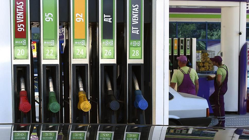 Как АЗС нефтекомпаний скрыто повышают цены