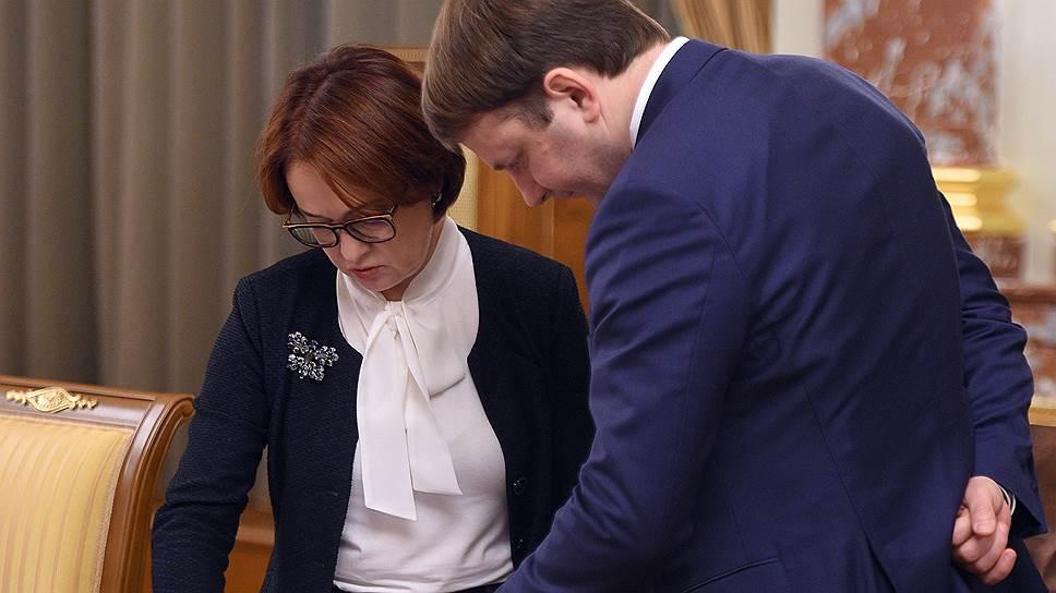 Данные о капвложениях вынуждают и Банк России под руководством Эльвиры Набиуллиной, и Минэкономики под началом Максима Орешкина сдвигать ожидания их роста глубже в будущее
