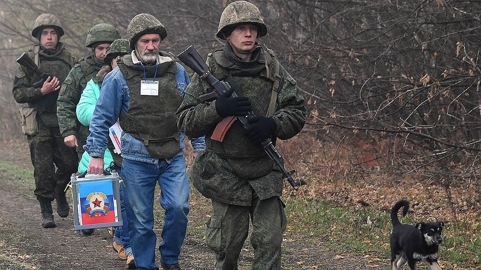В Киеве заявляют, что не признают выборы, проходящие до установления устойчивого перемирия, не по украинским законам и без международных наблюдателей