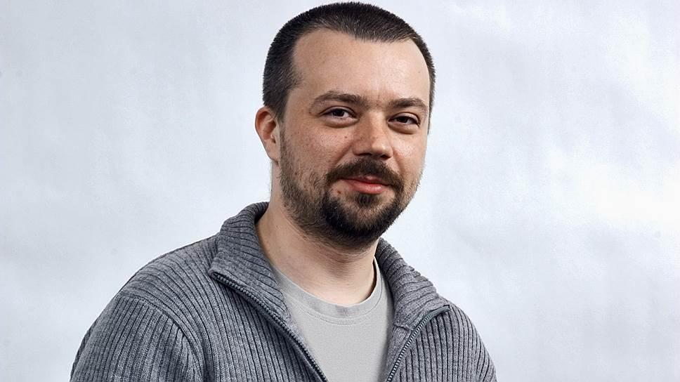 Заведующий отделом бизнеса Владимир Дзагуто