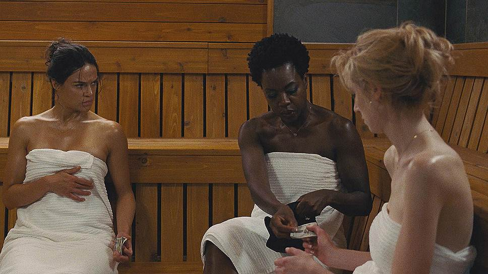 Потеряв мужей, героини Мишель Родригес, Виолы Дэвис и Элизабет Дебики (слева направо) оказываются в самой горячей точке криминального Чикаго