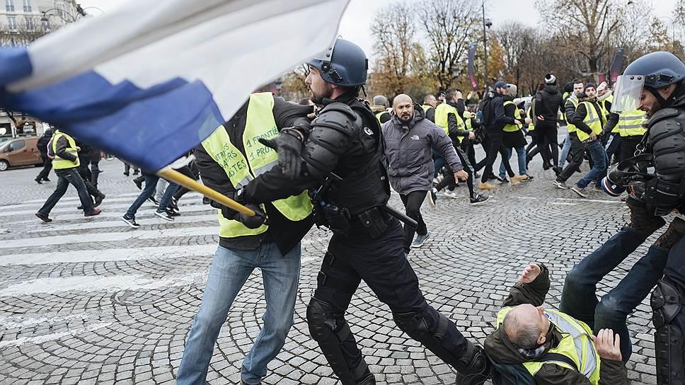 Главной ареной противостояния «желтых жилетов» с силами правопорядка стали улицы Парижа