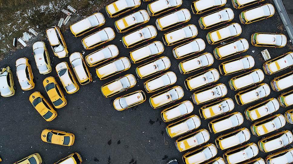 Почему растет число аварий с участием таксистов
