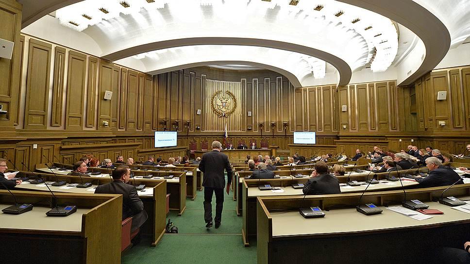 Согласие на возбуждение дел в отношении провинившихся судей могут передать ВККС