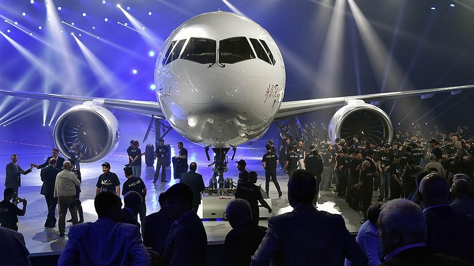 Доработка самолета МС-21 сдвигает его сертификацию на год