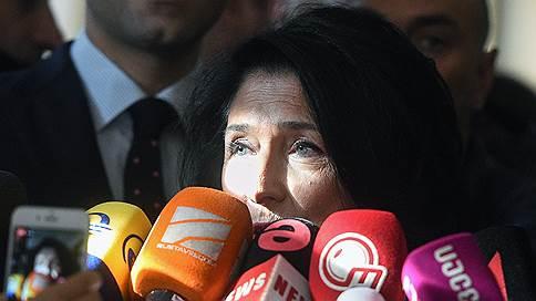Грузинская оппозиция тряхнет революцией // Григорий Вашадзе и его сторонники не признают итоги выборов и зовут людей на улицу