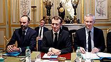 Президента Франции поставили в чрезвычайно неловкое положение