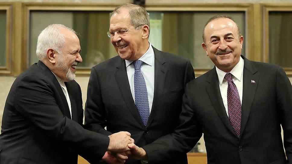 Почему России, Турции и Ирану не удалось согласовать состав конституционного комитета Сирии