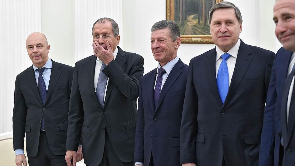 На некоторых членов делегации уже производили впечатление еще только предстоявшие переговоры