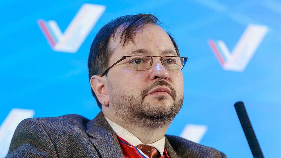 Глава фонда «Петербургская политика» Михаил Виноградов