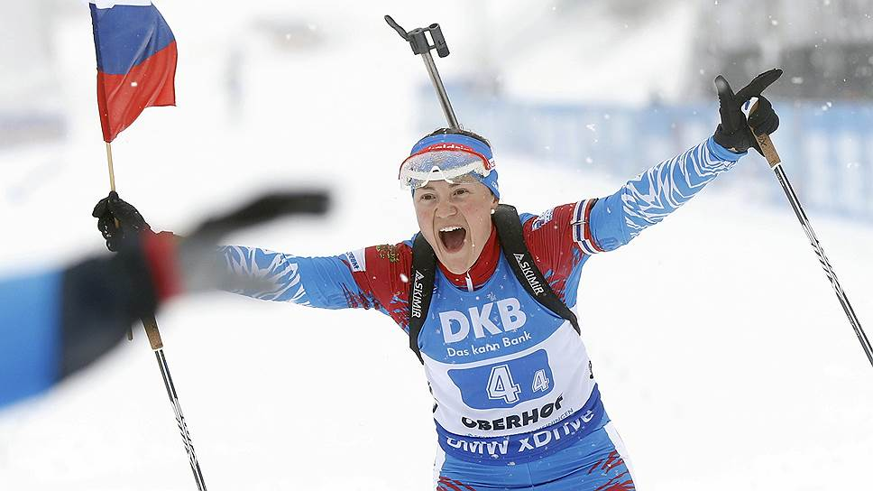 От Екатерины Юрловой-Перхт, чтобы принести победу своей команде, требовалось разобраться на заключительном этапе с немецкой конкуренткой, а от Александра Логинова — просто удержать добытый партнерами гигантский отрыв
