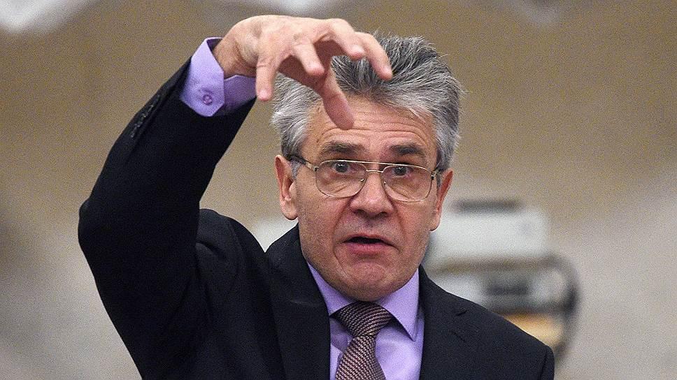 Президент РАН Александр Сергеев придумал, как забрать лучших школьников в науку