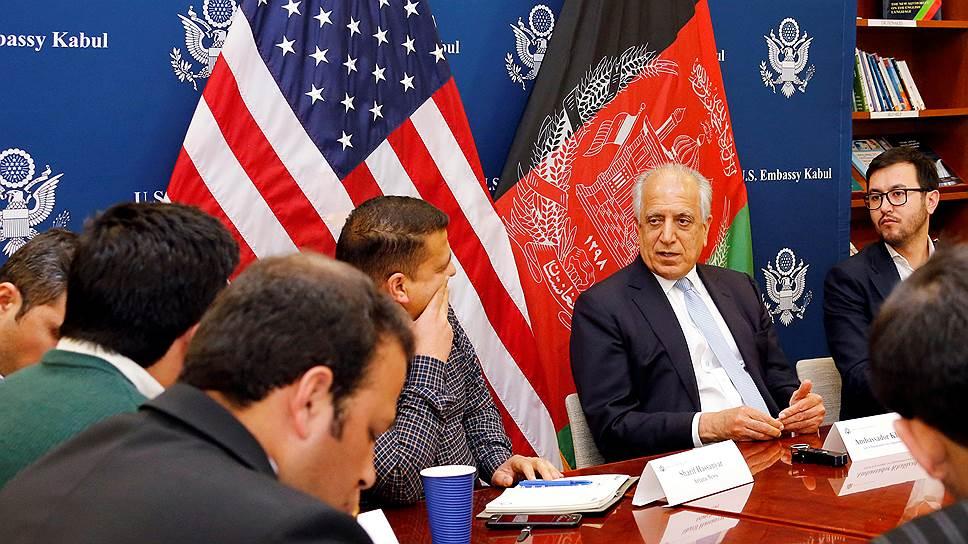 США и талибы ведут переговоры о будущем Афганистана без участия Кабула