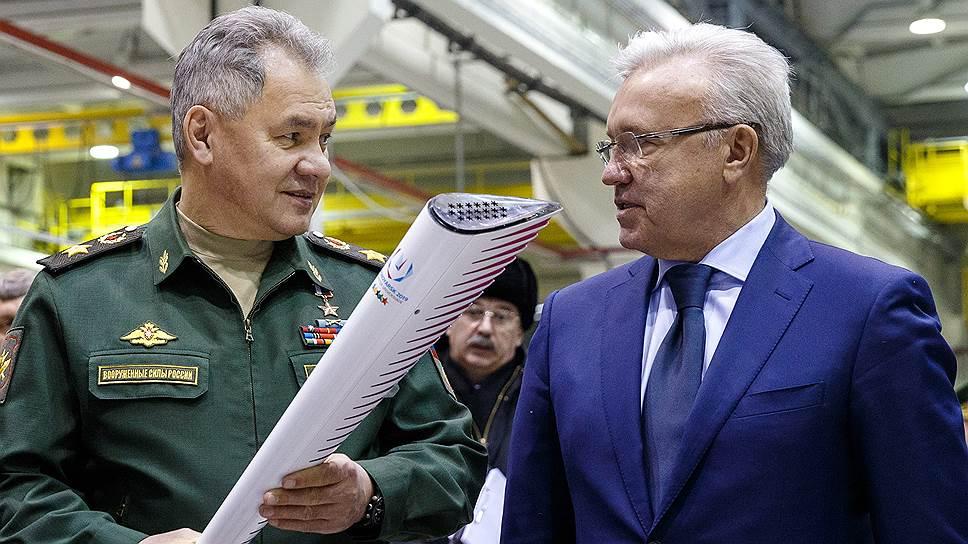 Как Сергей Шойгу проинспектировал завод, где скоро будут собирать десятки «Сарматов»