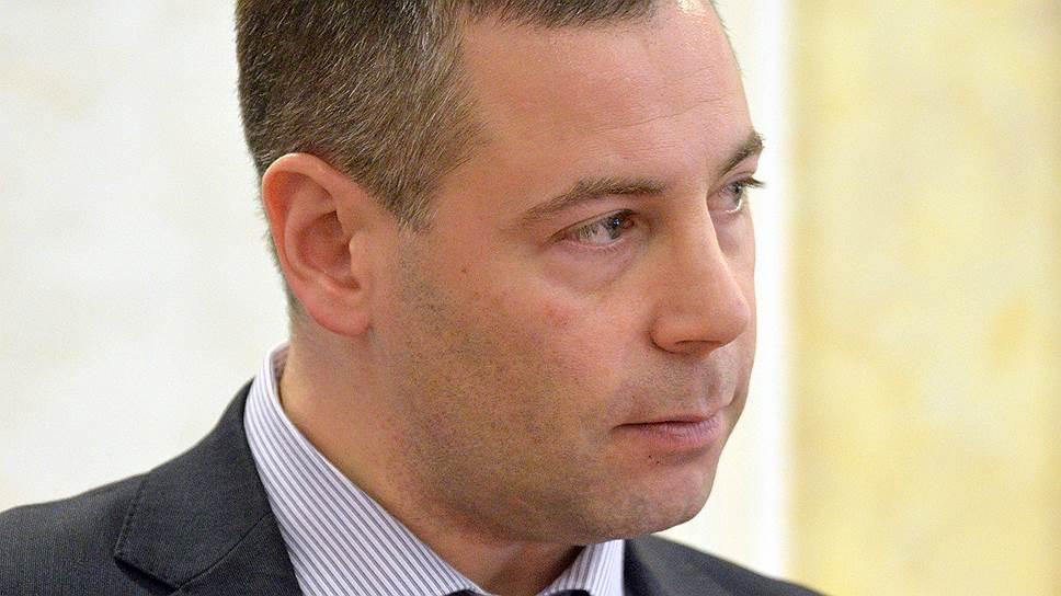 Заместитель главы ФАС по госзакупкам Михаил Евраев рассчитывает получить инструмент для борьбы с неконкурентным распределением госзаказов уже весной