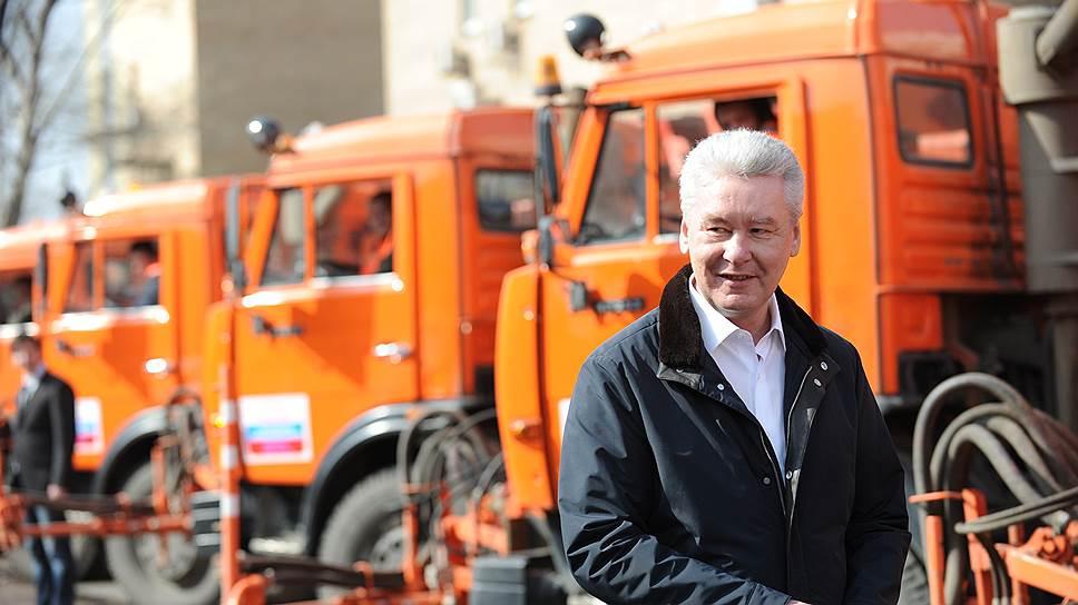 К чему приведут новые правила движения грузовиков по Москве