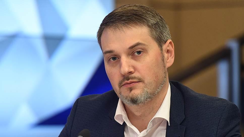Коммерческий директор «М.Видео—Эльдорадо» Олег Муравьев — о том, как будет расти спрос на приставки для приема цифрового ТВ