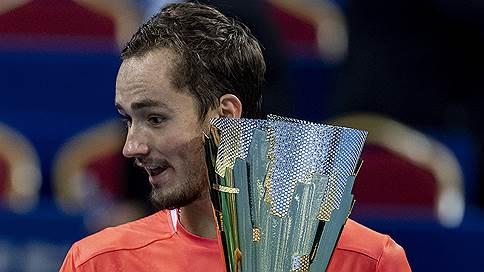 Даниил Медведев поставил титулы на поток // Он выиграл четвертый турнир за 13 месяцев
