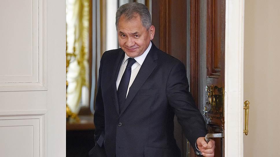 Министр обороны Сергей Шойгу увидел перспективу в реформировании военно-строительного комплекса