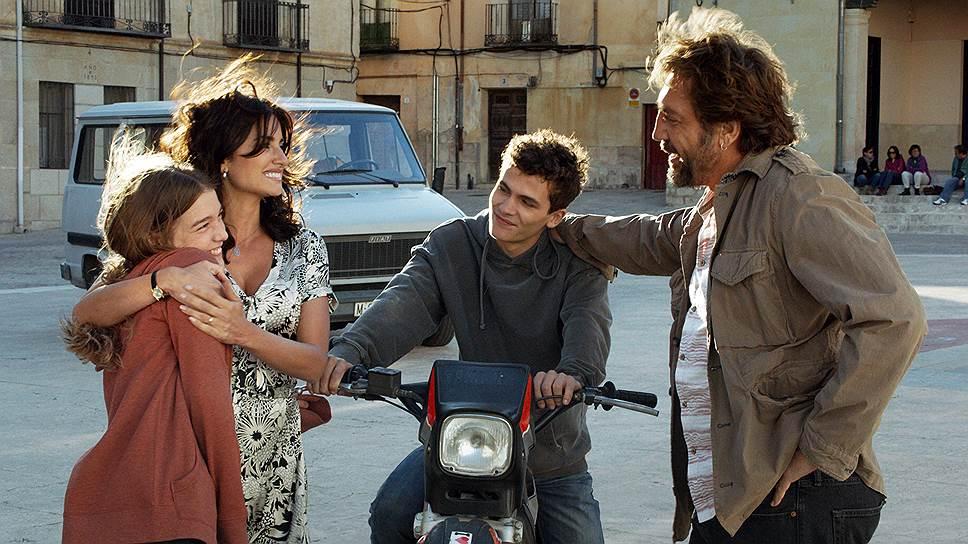 Пенелопе Крус и Хавьеру Бардему повезло поучаствовать в фильме невероятной красоты, собравшем едва ли не все возможные штампы об Испании