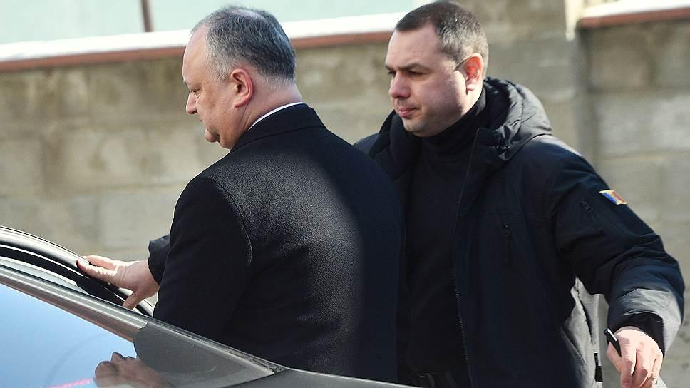 Пророссийская Партия социалистов президента Игоря Додона (на фото) может рассчитывать на 34 места в парламенте, но правительство, скорее всего, сформирует Демократическая партия, получившая на три мандата меньше