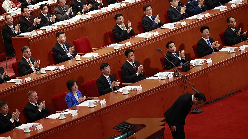 Премьер Госсовета КНР Ли Кэцян сообщил Всекитайскому собранию народных представителей о том, что для поддержания замедляющегося экономического роста потребуются новые реформы