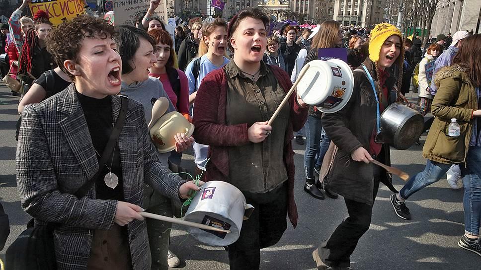 Как проходит декоммунизация на Украине