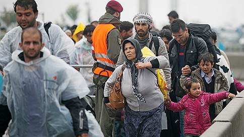 Мигрантам поставили обнадеживающий диагноз // ВОЗ представила доклад о состоянии здоровья беженцев и переселенцев