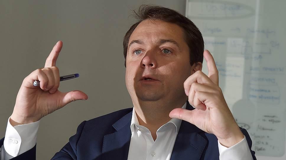 Андрей Чибис переберется из Белого дома на пост губернатора Мурманской области, а работавший в структурах «Реновы» Денис Паслер — на пост главы Оренбургской области
