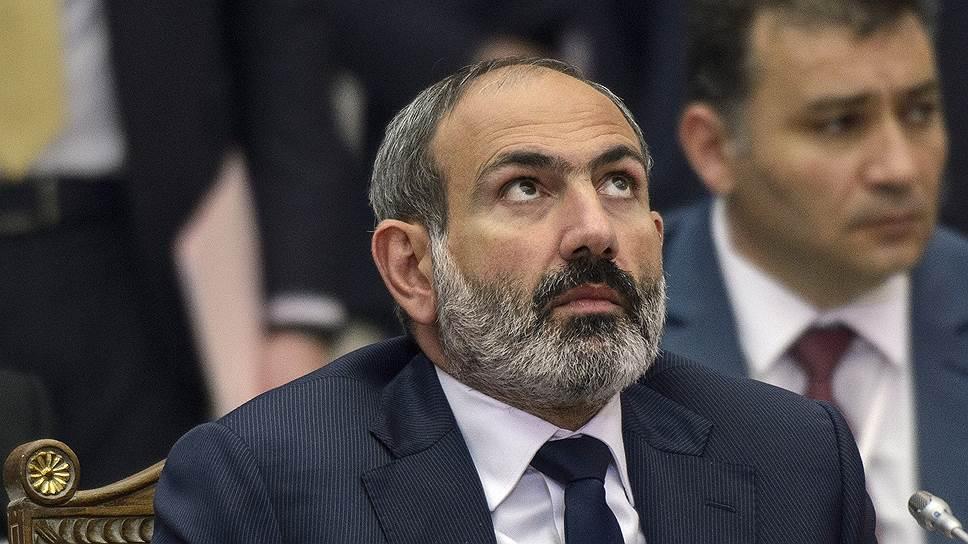 Президент Армении Никол Пашинян настаивает на изменении формата переговоров, сделав их участником Нагорный Карабах. В Баку называют это попыткой «блокировать переговорный процесс»