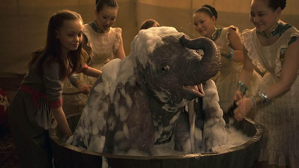 История успеха летающего слоника с огромными ушами оказывает на зрителя психотерапевтическое воздействие