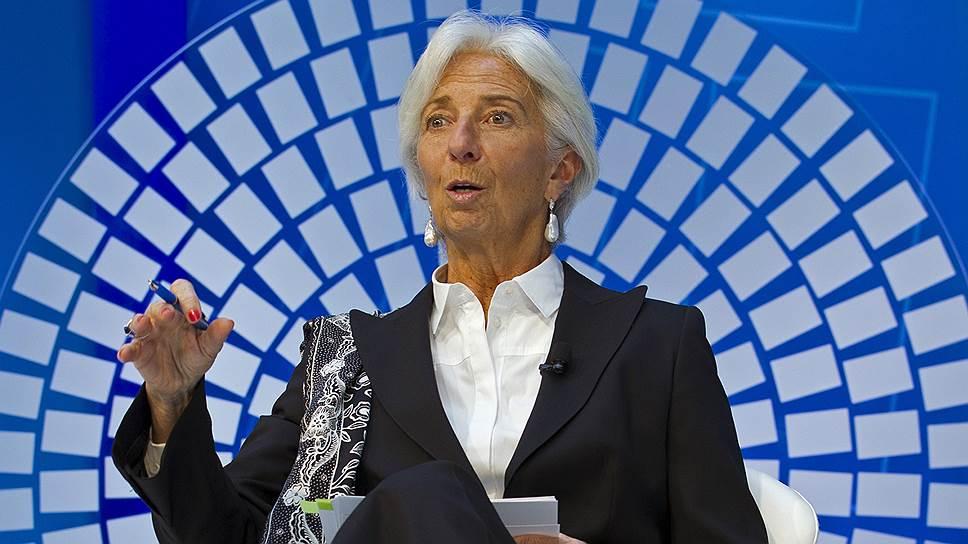 Международный валютный фонд во главе с Кристин Лагард фиксирует «сползание» мировой экономики с пиков прежнего роста