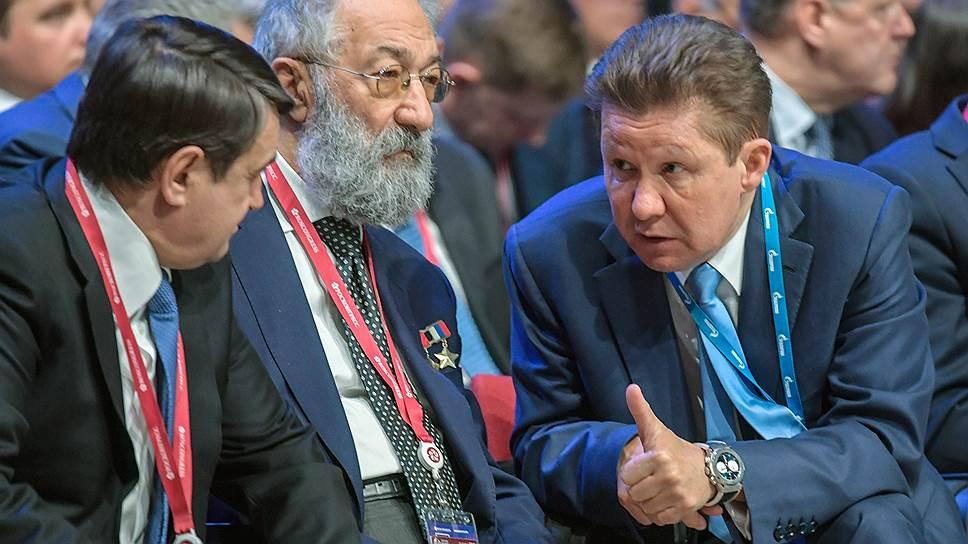 Глава «Газпрома» Алексей Миллер должен был почувствовать себя здесь, на Арктическом форуме, тем же, кем всегда был Артур Чилингаров: знаменитым полярником