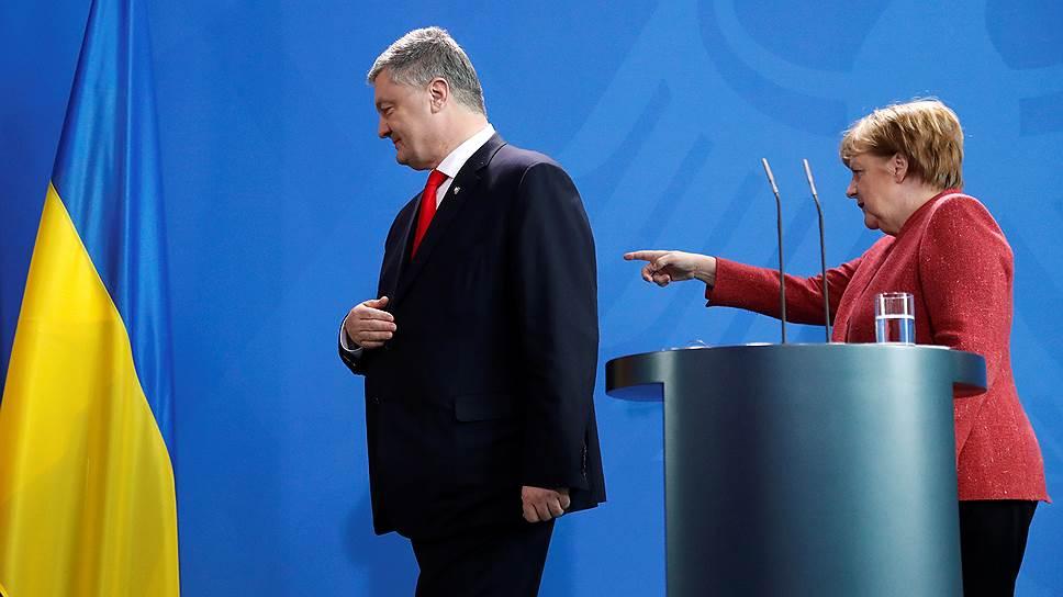 Канцлер ФРГ Ангела Меркель рассказала, что находится «в постоянном контакте» с президентом Украины Петром Порошенко — и его участие в избирательной кампании этому не мешает