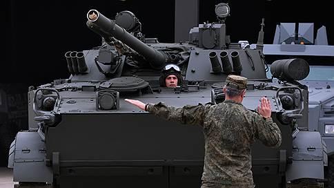 Индонезия вышла на поле брони  / Джакарта купила в России новую военную технику для морской пехоты