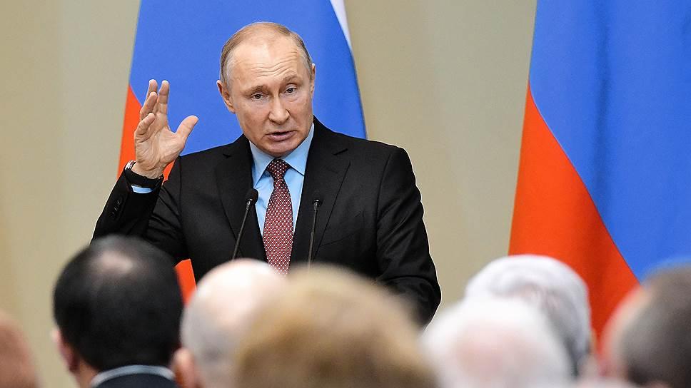 Владимир Путин посоветовал законодателям привлекать к работе над нацпроектами гражданское общество и непарламентские партии