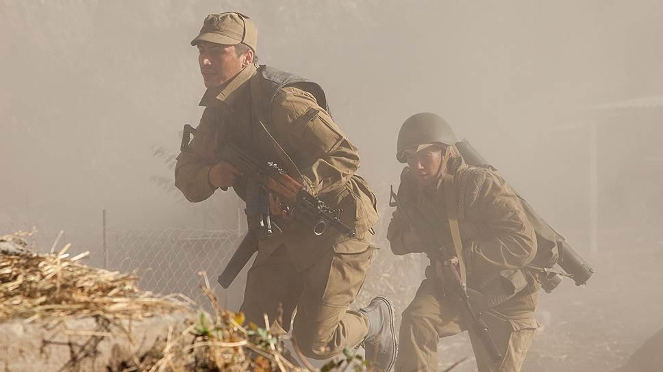 Даже выцветшей картинкой в песочных тонах «Братство» напоминает перестроечные фильмы об афганской войне
