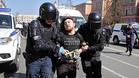 Сила есть — суда не надо  / СПЧ расследует срыв марша оппозиции в Петербурге