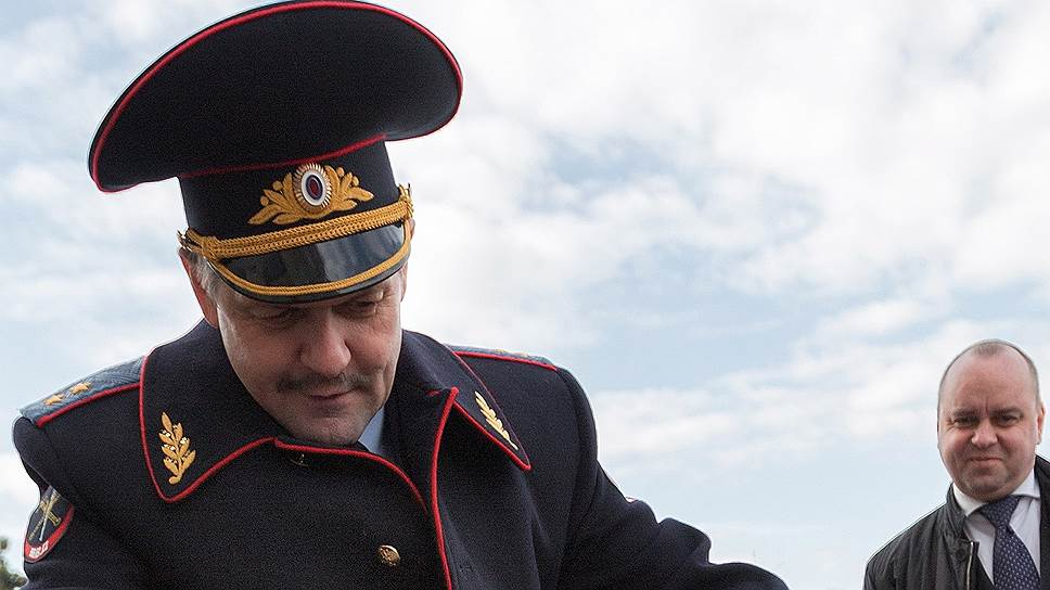 Генерал Анатолий Якунин попрощался с МВД
