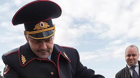 Анатолий Якунин уходит в самооборону  / После отставки из МВД генерал-лейтенант будет развивать самбо