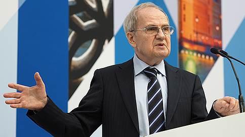 Валерий Зорькин оправдал введение закона о фейковых новостях