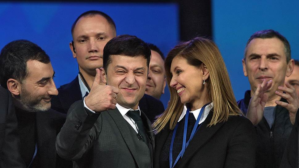 Избранный президент Украины Владимир Зеленский и его жена Елена Зеленская