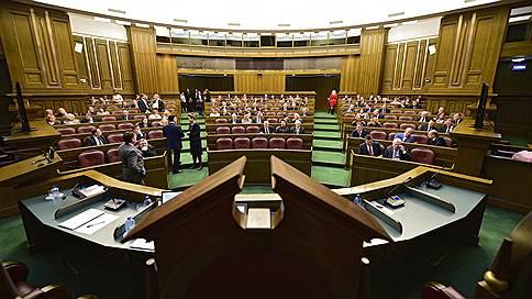 Трудовой кодекс не защитил наркополицейских // Верховный суд отказал в жалобе на указ президента о ликвидации ФСКН